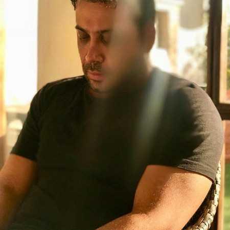 آهنگ جدید محسن چاوشی به نام لطفا به بند اول سبابه ات بگو